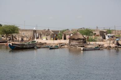 vue du village depuis le fleuve