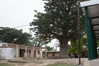 Bassoul, cour d'école
